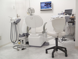 アール歯科クリニック(さいたま市大宮)歯科医、審美歯科、ホワイトニング